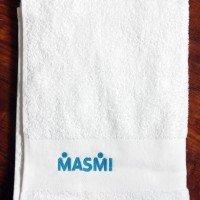 Полотенце с вышивкой логотипа
