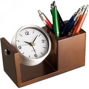 Настольные часы из дерева с подставкой для письменных принадлежностей