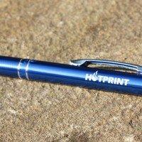 Металлическая ручка с лазерной гравировкой логотипа