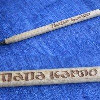 Деревянная ручка с нанесением логотипа лазерной гравировкой