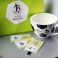 Флешка визитка с полноцветной печатью.
