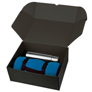 Набор: флисовый плед и термос в подарочной коробке