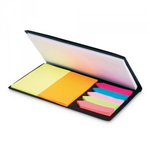 Блокнот А6 и набор разноцветных стикеров в обложке черного цвета
